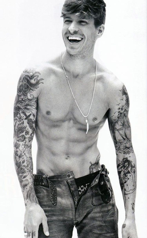 fetiches comuns - Piercings e Tatuagens